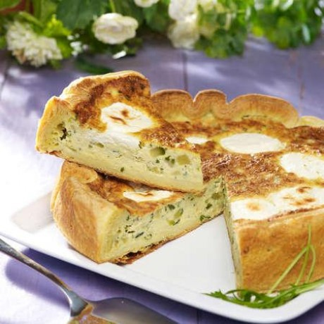 Quiche courgettes et fromage de chèvre 1,44kg maximum- 8 à 10 parts