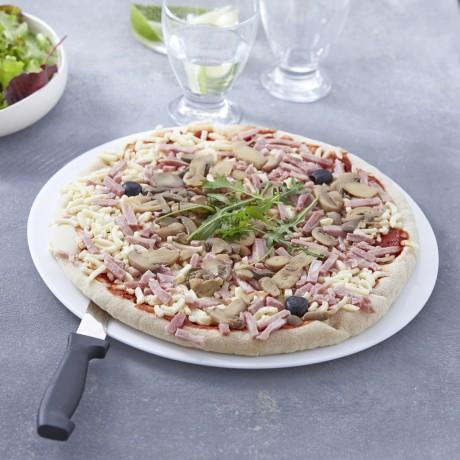 - Pizza reine à cuire