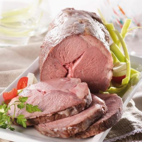 Rôti de veau cuit entier 1,7 à 2,1 kg maximum