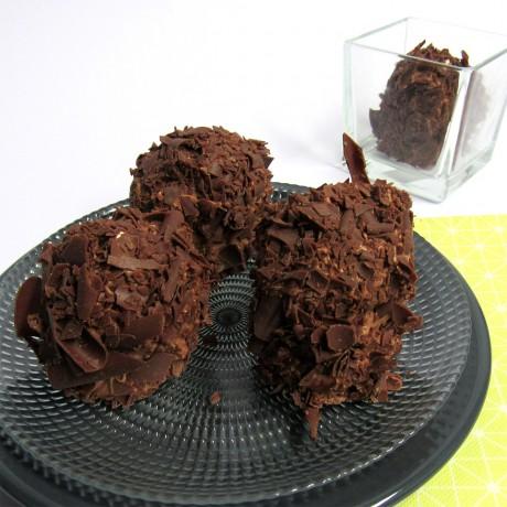 - Mini merveilleux chocolat noir