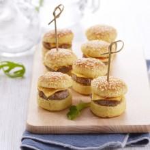 Mini-cheeseburgers cocktail